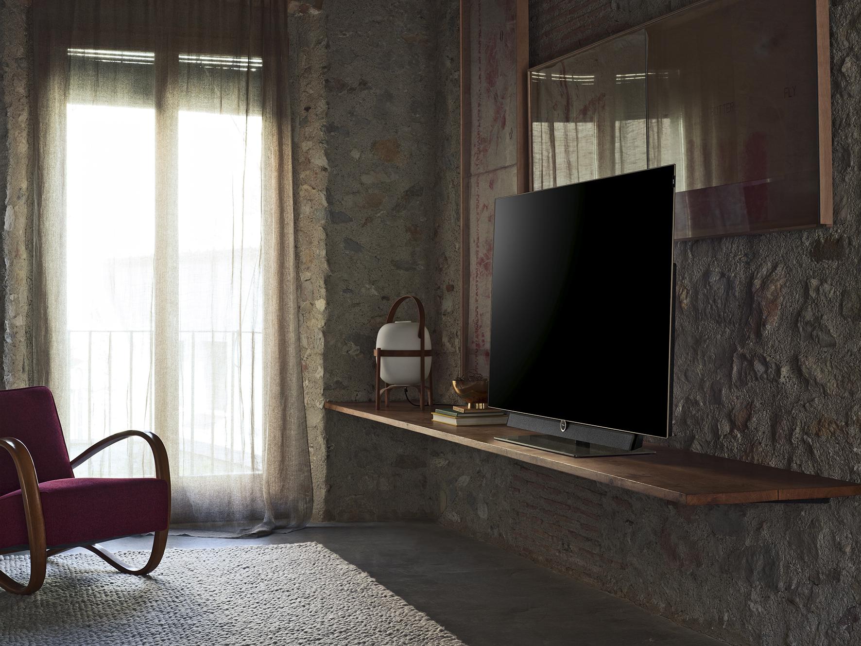loewe fernseher bild niemann tv. Black Bedroom Furniture Sets. Home Design Ideas